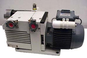 LEYBOLD ROTARY VANE MECHANICAL VACUUM PUMP 13.4 CFM